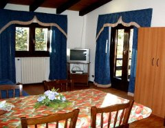 Vacation, Holiday Apartments in Italy on Lake Idro